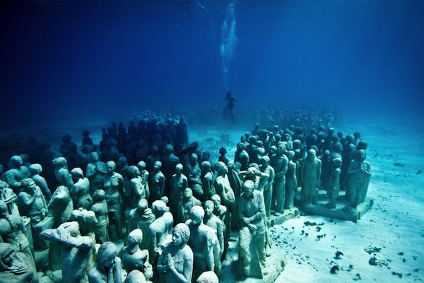 Silent-evolution-underwater-sculpture.jpg