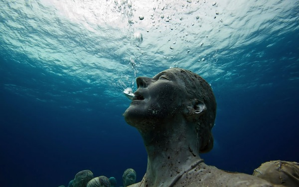 Silent-scream-from-underwater-sculpture-park.jpg