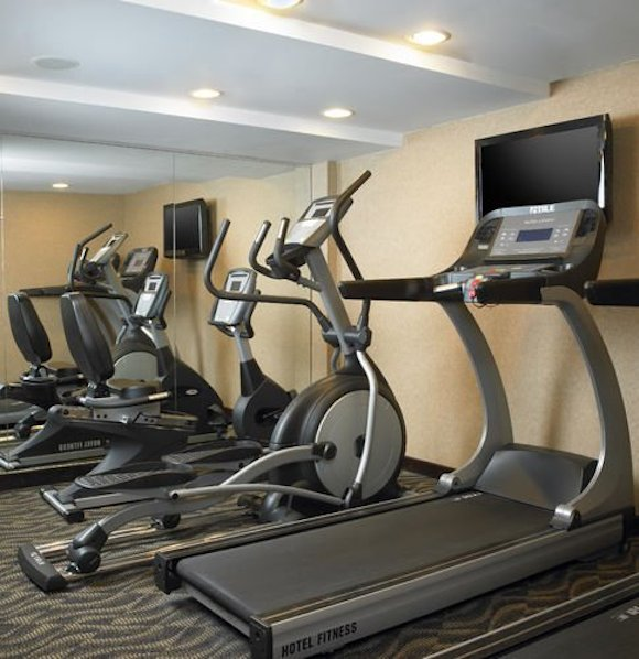 fantasy-get-your-workout-on-at-the-holiday-inn-on-wall-street-new-york-city.jpg