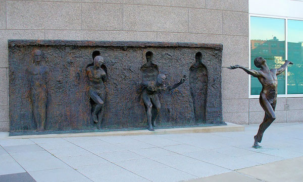 worlds-most-creative-statues-6.jpg